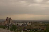Ararat im Dunst zu erahnen