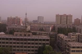 Hotan ist eine hässliche Stadt - wie eigentlich alle Städte, durch die ich gefahren bin
